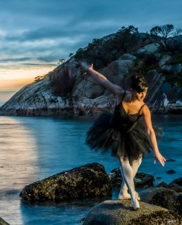 Ballerina In The City – Vancouver