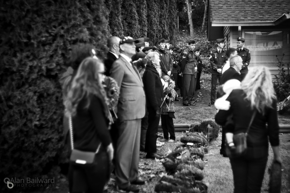 Waiting to place their wreaths